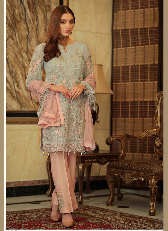 Sareetag Cream  Letest Designer Pakistani Style Suit